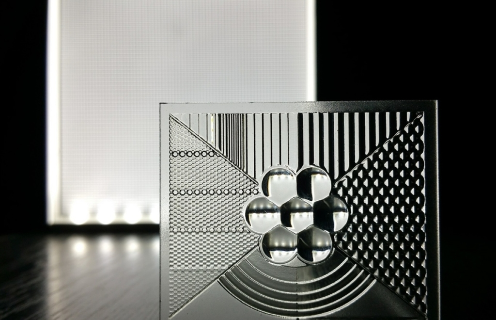 Image of printed optics structures by Luximprint for blog about Light Zoom Lumiere article in the blog
