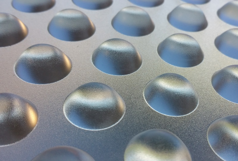 Picture of triangular lens array printed by Luximprint covered with a frosted finish