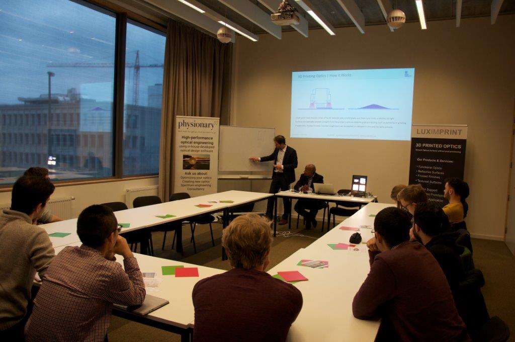 Image of Luximprint lecturer explaining printed optics techology