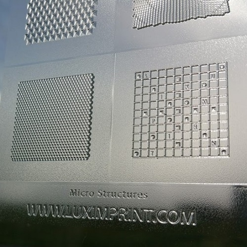 Close-up image of 3D printed Luximprint Micro Grid Sample for the sample shop